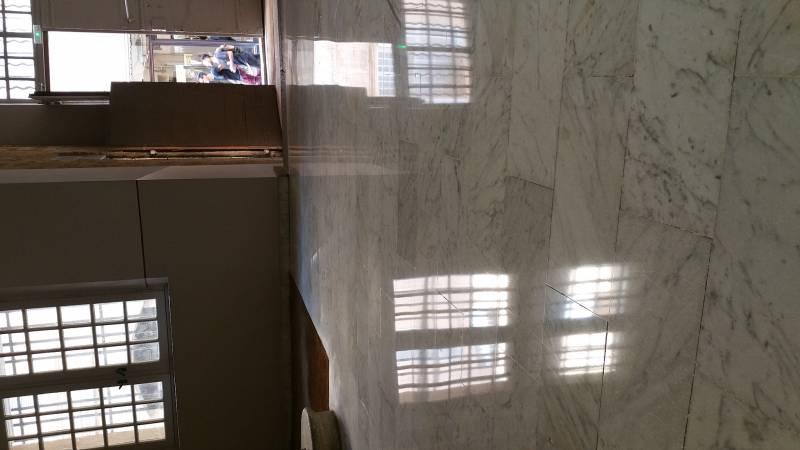 r novation pon age de sol en marbre de hall d 39 entr e aixois entreprise de nettoyage aix en. Black Bedroom Furniture Sets. Home Design Ideas